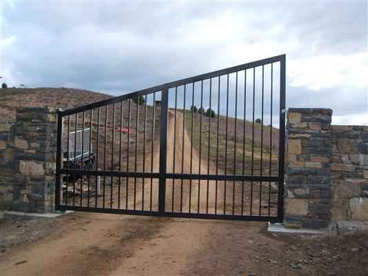 gates_n_fences-25