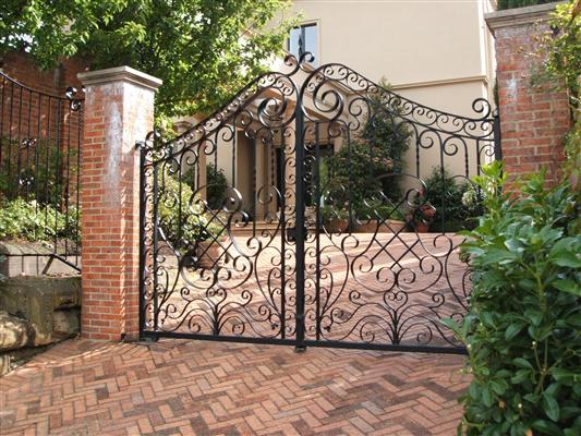 gates_n_fences-35