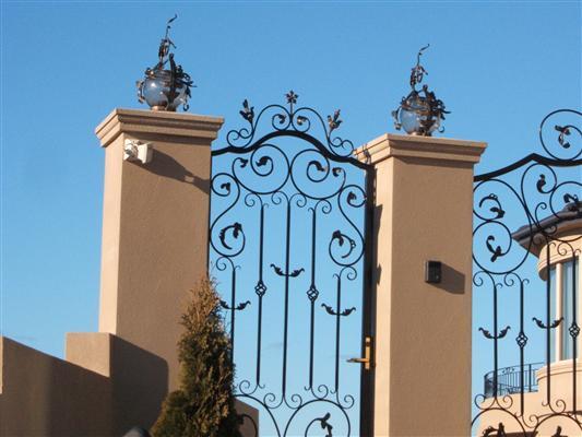 gates_n_fences-4